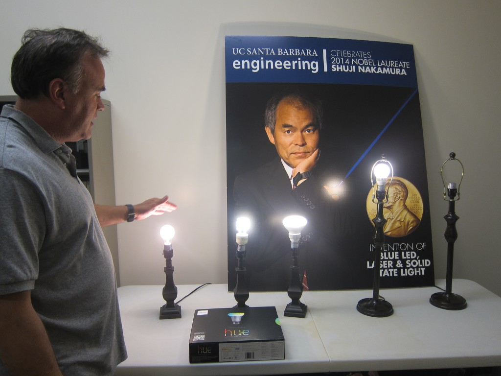 Prof Denbaars shows evolution of lightbulbs UCSB, Alison van Diggelen